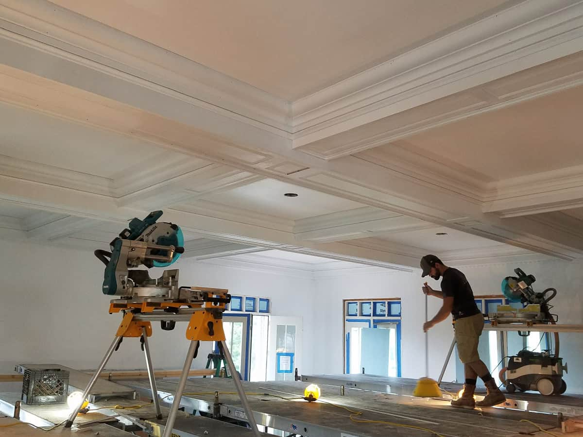 Crown Molding Services-Grand Prairie TX Professional Painting Contractors-We offer Residential & Commercial Painting, Interior Painting, Exterior Painting, Primer Painting, Industrial Painting, Professional Painters, Institutional Painters, and more.
