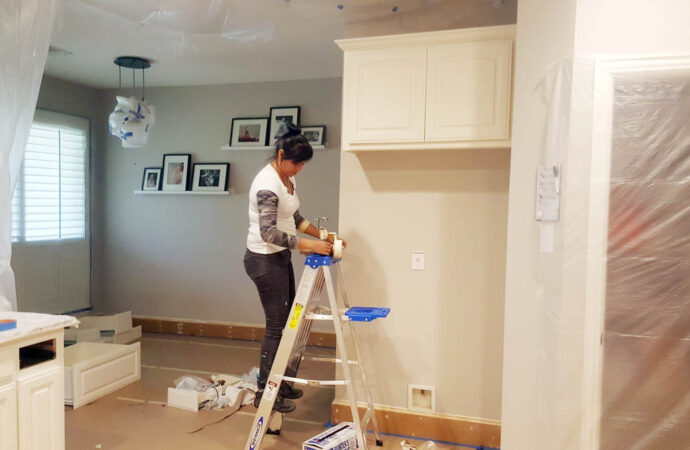 Euless-Grand Prairie TX Professional Painting Contractors-We offer Residential & Commercial Painting, Interior Painting, Exterior Painting, Primer Painting, Industrial Painting, Professional Painters, Institutional Painters, and more.