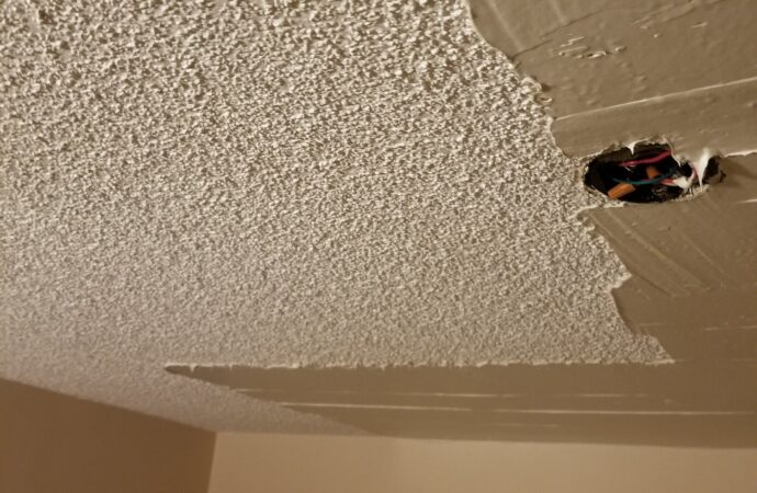 Popcorn Ceiling Removal-Grand Prairie TX Professional Painting Contractors-We offer Residential & Commercial Painting, Interior Painting, Exterior Painting, Primer Painting, Industrial Painting, Professional Painters, Institutional Painters, and more.